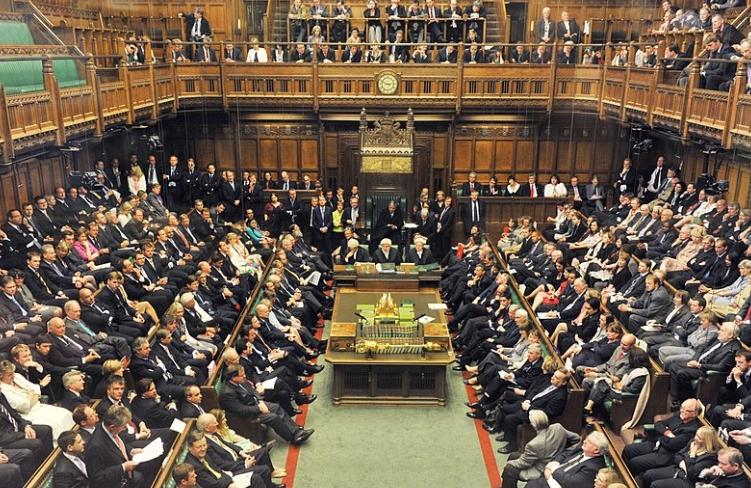 Британските пратеници го одобрија договорот за Брегзит