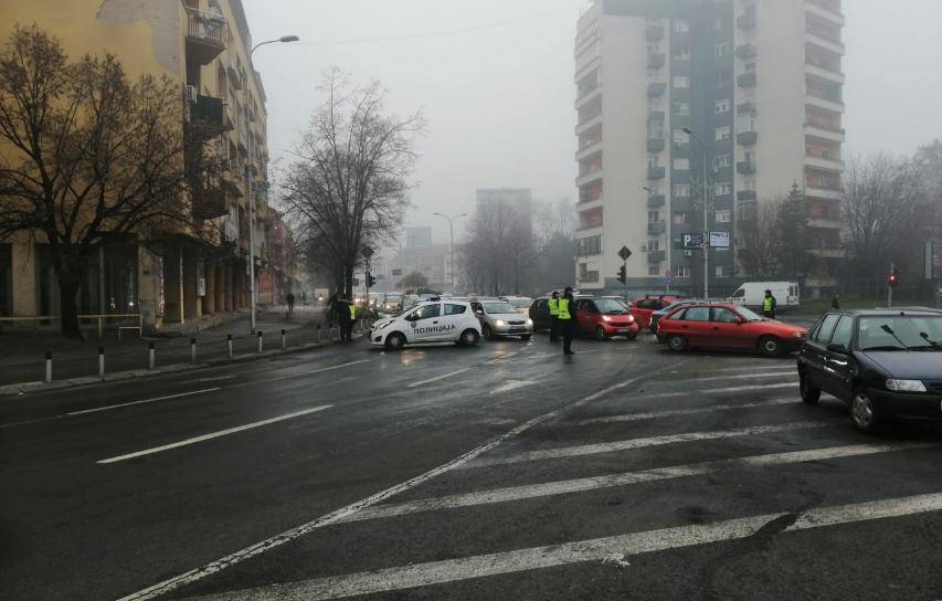 Протест на пазарџиите во скопски Центар поради огромното покачување на цените на паркинг
