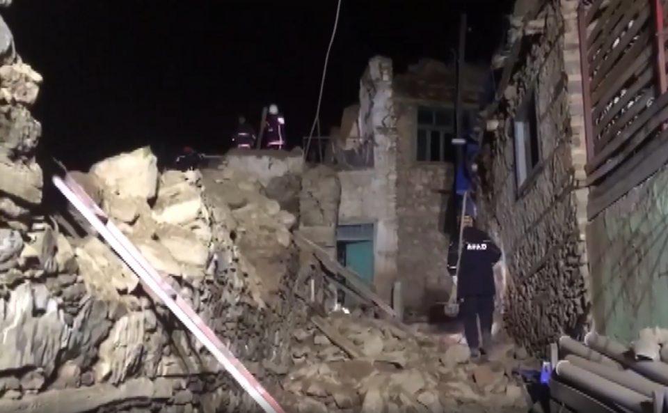НАЈНОВИ ДЕТАЛИ: Најмалку 21 загинат и над илјада повредени во земјотресот во Турција (ВИДЕО)
