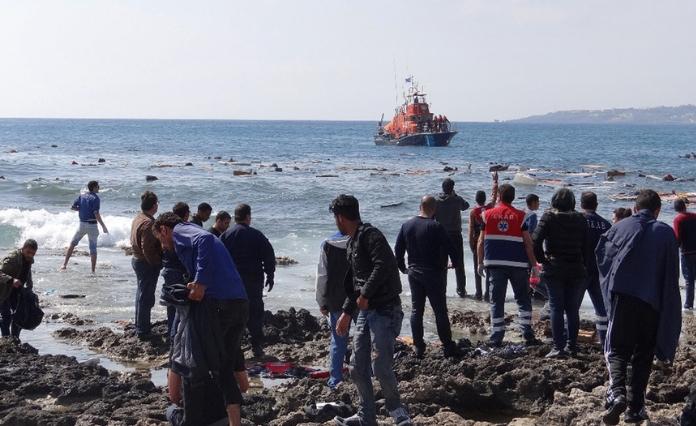 Грција планира да изгради лебдечка ограда поради мигрантите