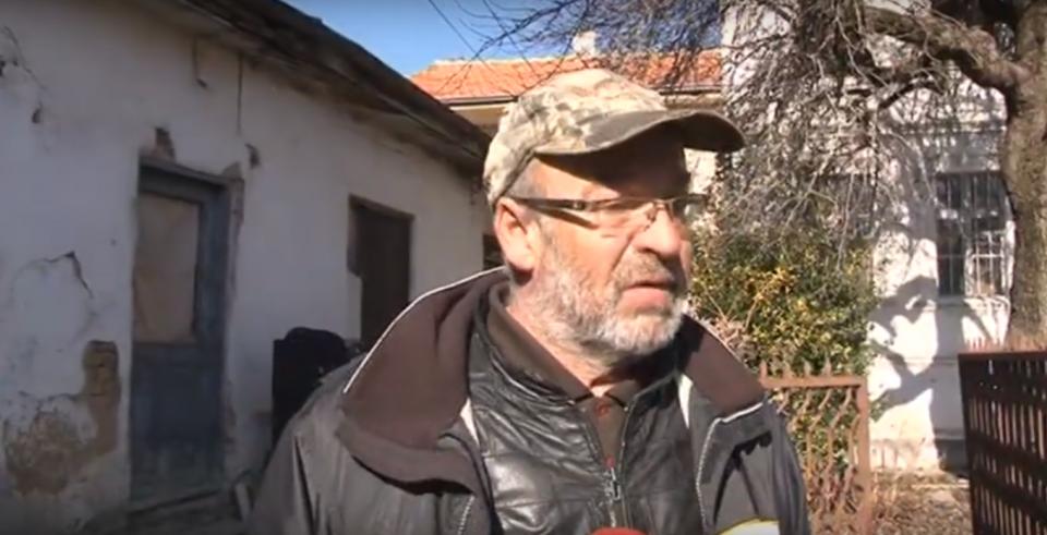 Ресенчанец остана без покрив на главата