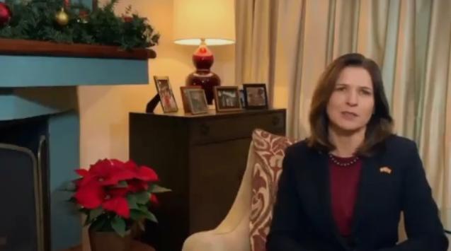 Честитка од американската амбасадорка: Остануваат уште многу предизвици и работа, но на добар пат сте