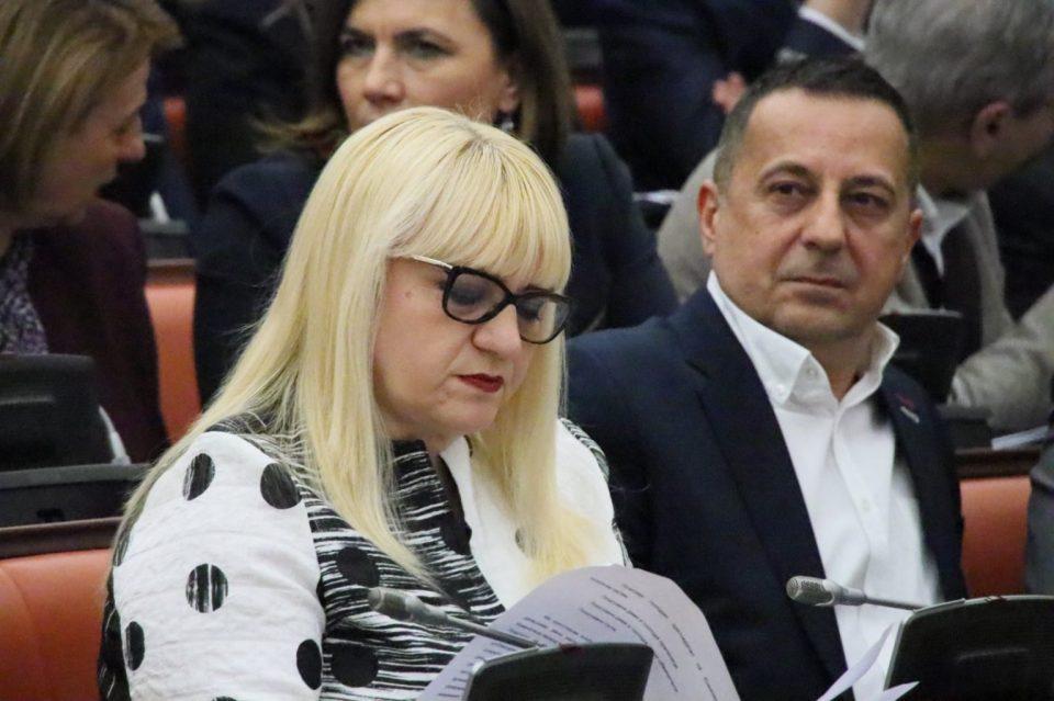 Дескоска сака да го контролира Собранието: Хаос уште на почетокот на Комисиската расправа (ВИДЕО)