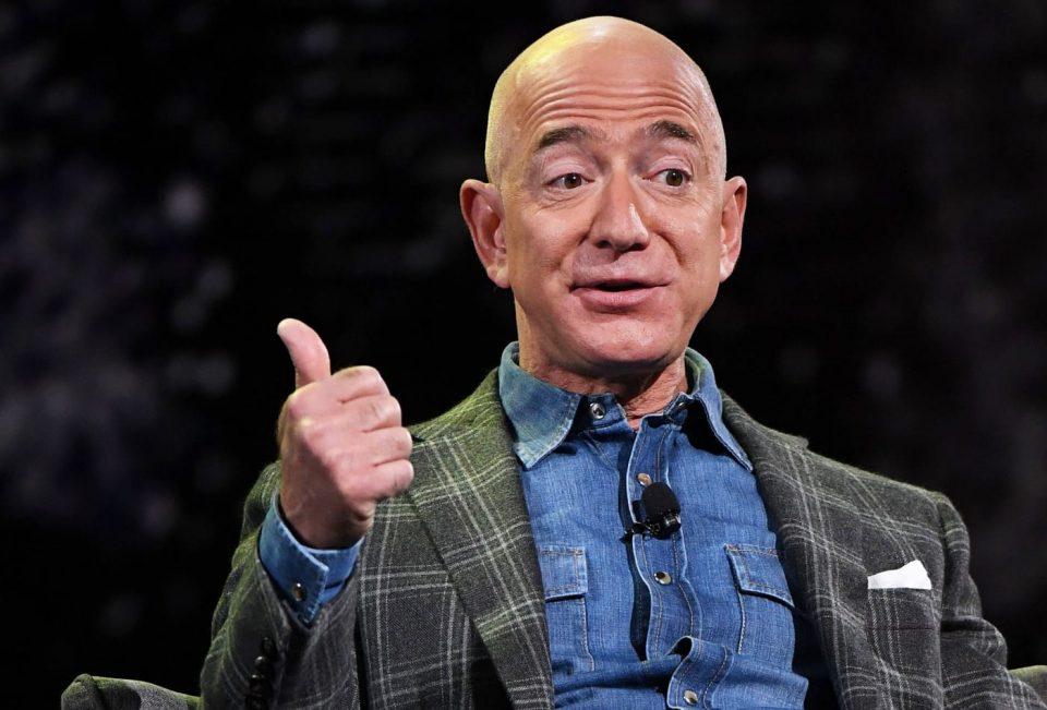 Џеф Безос се уште е најбогат човек на светот