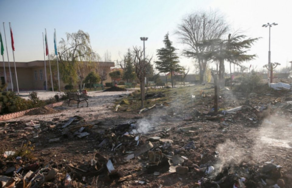 Ужасна снимка: Првите секунди од несреќата кога украинскиот авион експлодира во воздух
