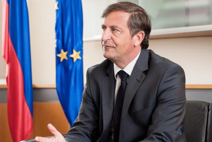 Словенечкиот министер за одбрана најави оставка