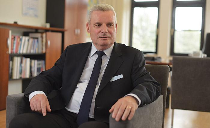 Германскиот амбасадор Герберих: Освен плата и поголем животен стандард на луѓето во Македонија им недостига и правна сигурност