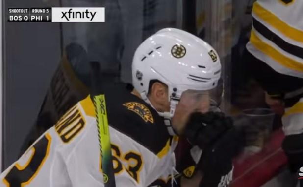 Најлошо изведен пенал во хокеј на мраз (видео)