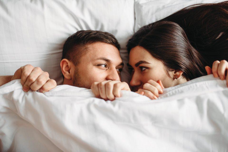 Кои се најстрасните љубовни парови во хороскопот?