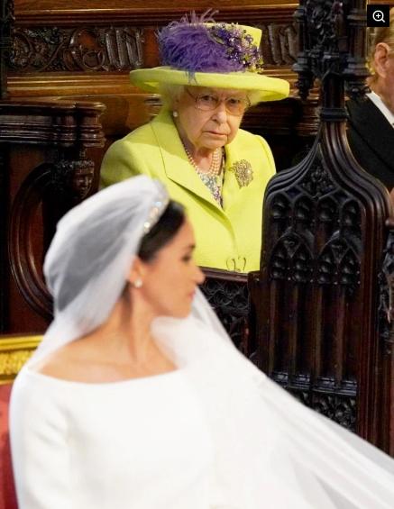ФОТО: Кралицата Елизабета првпат во јавност по заминувањето на Хари и Меган