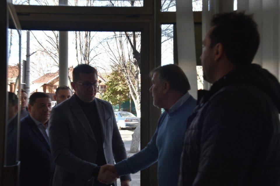 Мицкоски на средба со претставници на стопанската комора во Прилеп