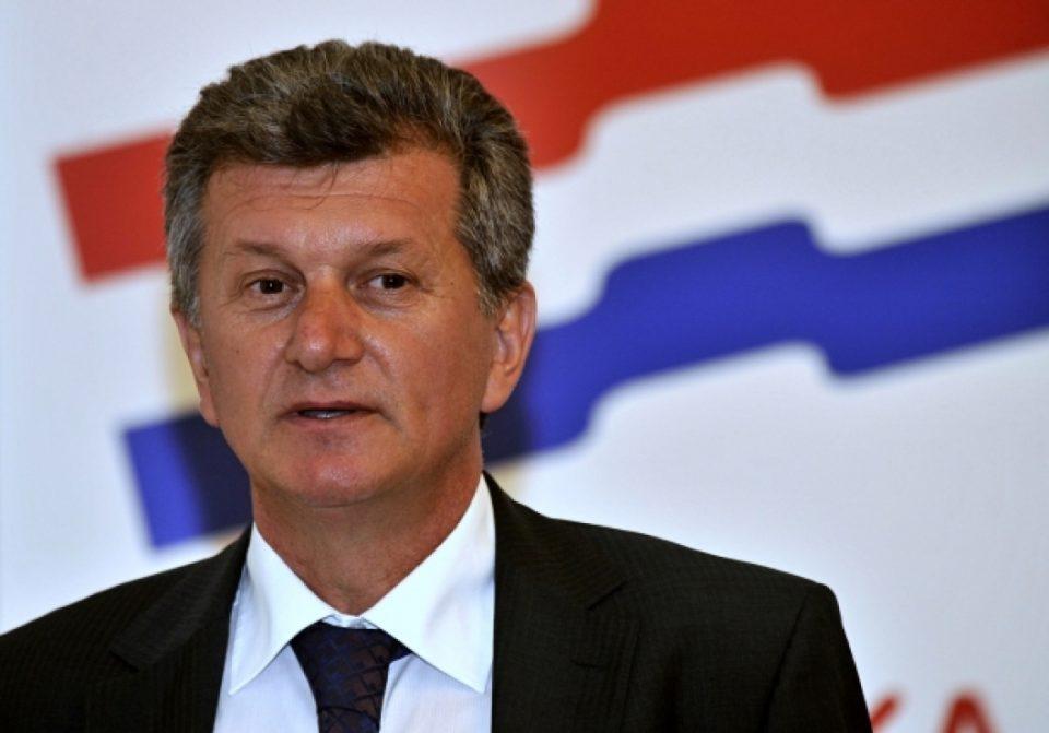 Министерот за здравство вмешан во афера, па хрватскиот премиерот го разреши