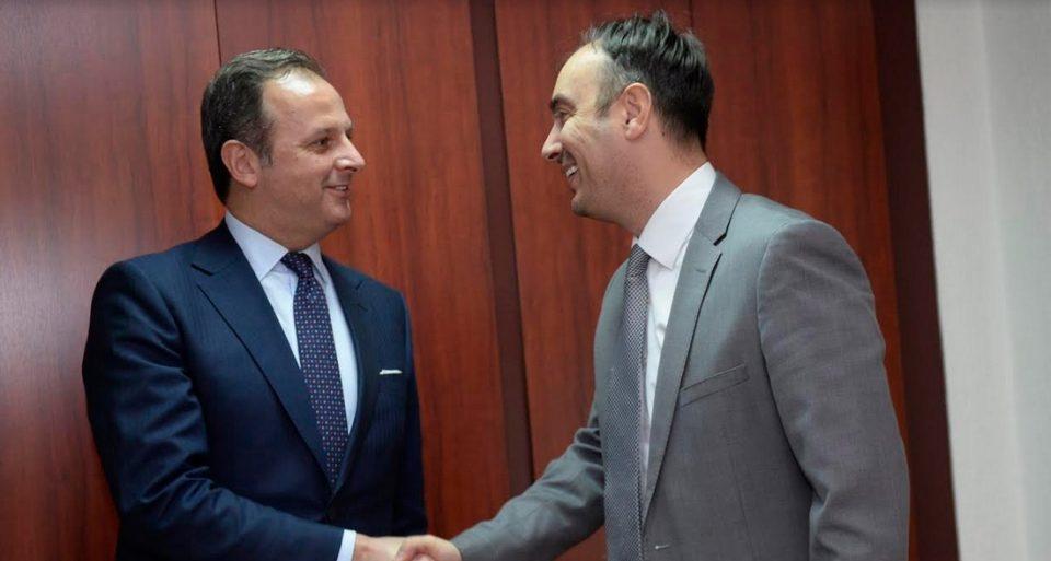 Министерот Чулев оствари средба со италијанскиот амбасадор