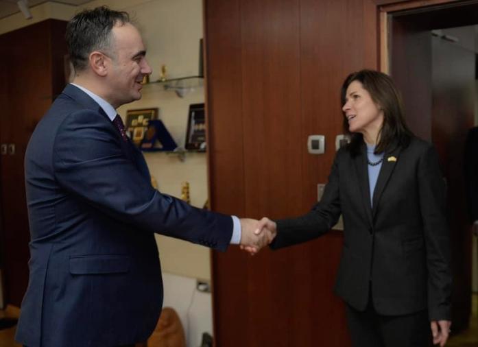Средба на министерот Наќе Чулев со амбасадорката на САД во Македонија, Кејт Мари Брнз