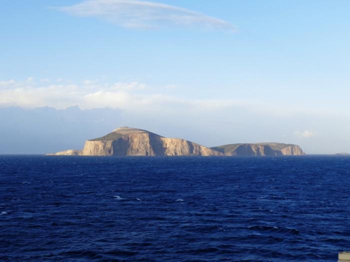 Потрага по единствената жителка на малиот грчки остров Кинарос