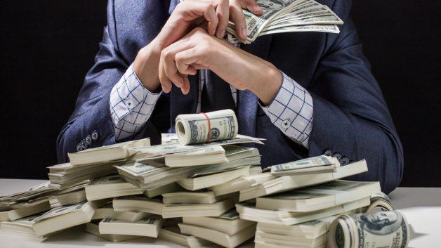 Милијардерите во светот имаат повеќе пари од 60 отсто население на планетава