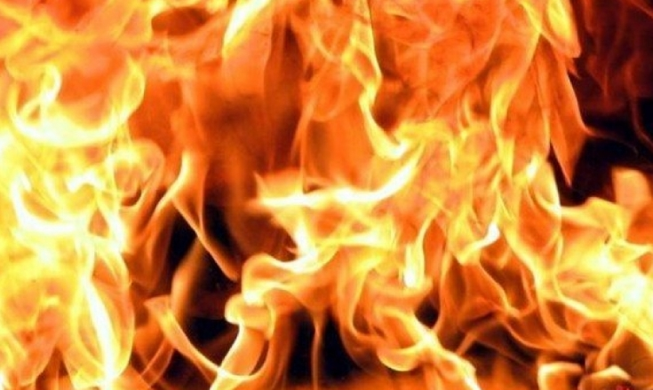 Му горела куќата, па се качил на таван да го гаси пожарот: Повреден млад прилепчанец