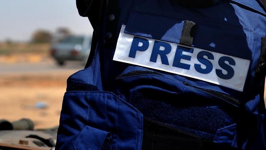 Убиен новинар во Атина: Пукале од мотор пред неговиот дом, најдени 17 чаури- еве ги деталите