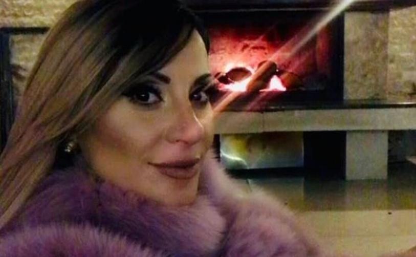 Гавазова е опасна жена во било која шема: Пејачката го топи снегот под скиите во Банско (фото)