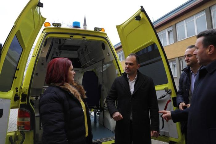 Требаше ли да дојдат избори за да се случи: Нови 13 возила за домашна посета и патронажа во Здравствен дом Скопје