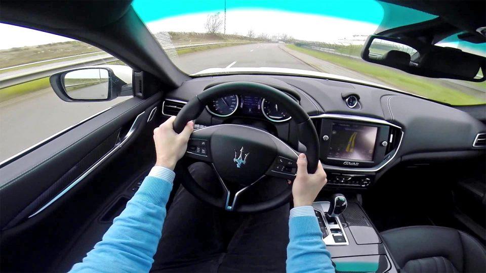 Зошто некои луѓе возат само луксузни автомобили?