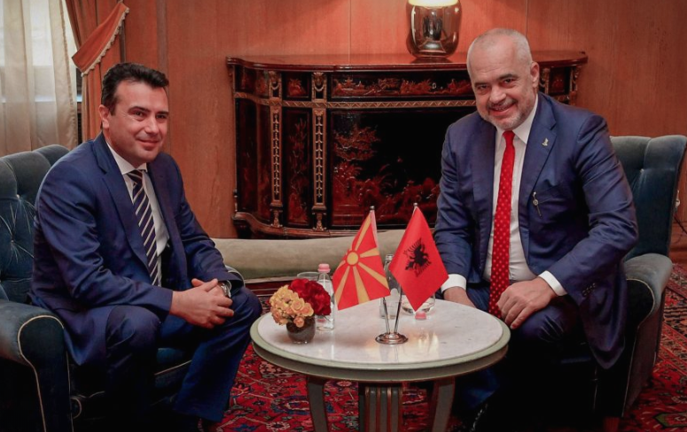 Меркел: Албанија и Македонија припаѓаат во иста група