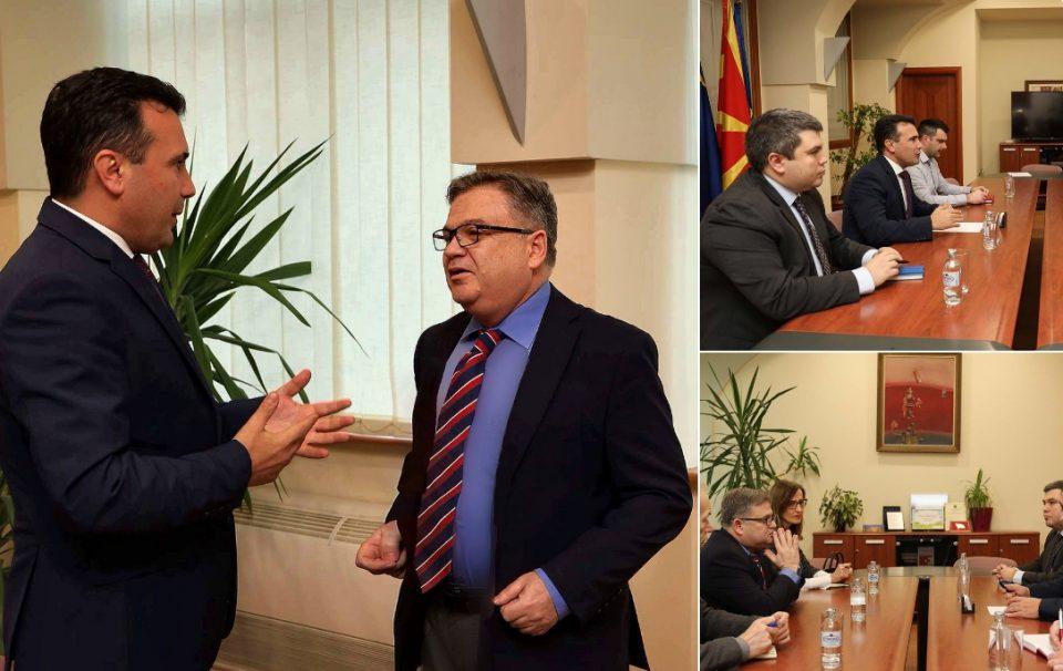 Го искара ли Тимоние Заев да не ја кочи техничката Влада и што бараше владиниот советник Маричиќ на партиска средба?
