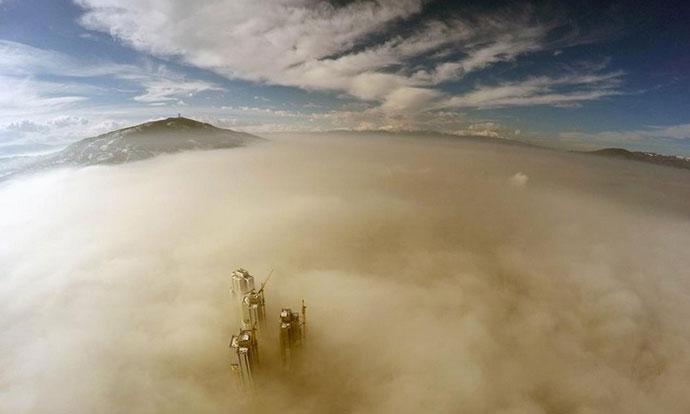 Македонија во првите 10 најзагадени земји во светот- ова утро граѓаните на Скопје повторно се гушат (ФОТО)