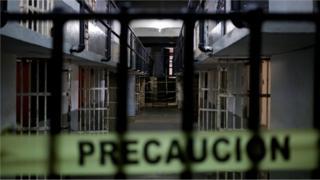 Тепачка во затвор во Мексико, најмалку 16 загинати