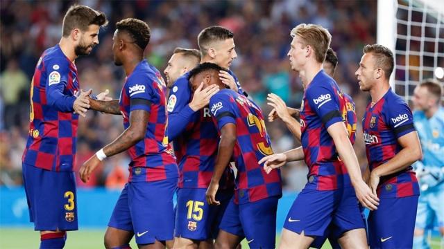 Барселона криела дека има пет заразени играчи?