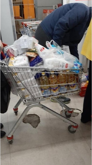 НА ОВИЕ РАБОТИ ЗАБОРАВЕТЕ ВО МАРКЕТИТЕ: Граѓаните ги испразнија рафтовите, овие намирници се купуваат на големо (ФОТО)