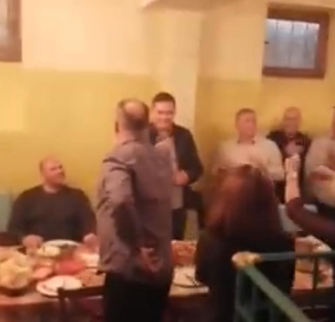 Со оро, песна и микрофон: Еве како градоначалникот на Куманово, директорите ЈП и активистите се грижат за проблемите на кумановци