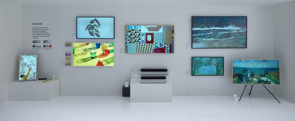 Најновата линија на Samsung – The Frame, Serif и Sero – врвна технологија и совршен декор за домашниот простор