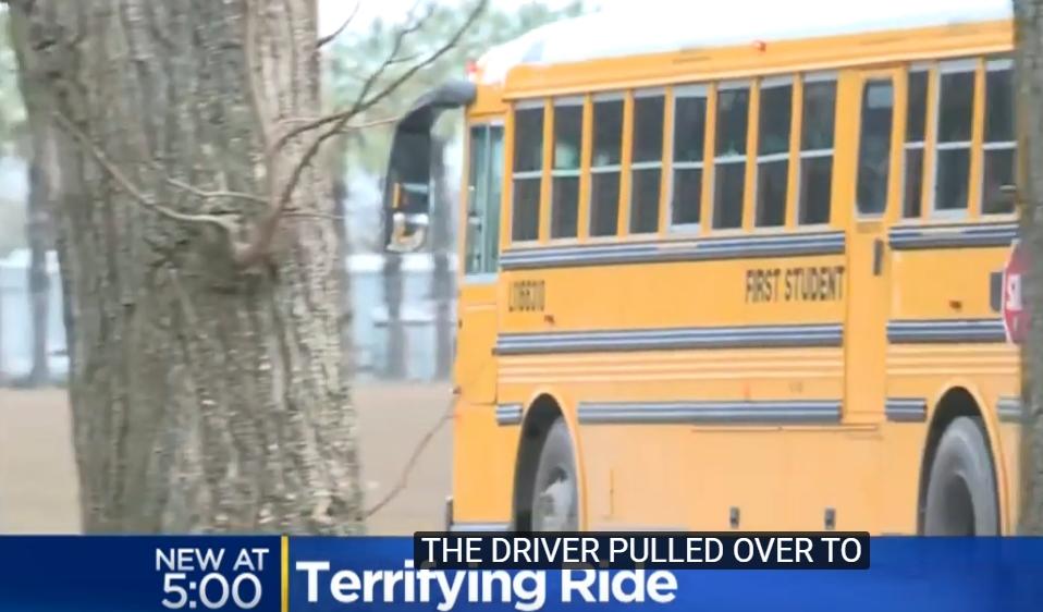 Дете спаси живот на 30 другарчиња: Го забележа чудното однесување на возачот на автобус, а потоа… (ВИДЕО)