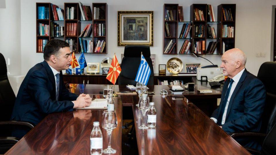 Димитров – Папандреу: Министерот не кажа дали му се пожалил за таблата во Труд и социјала