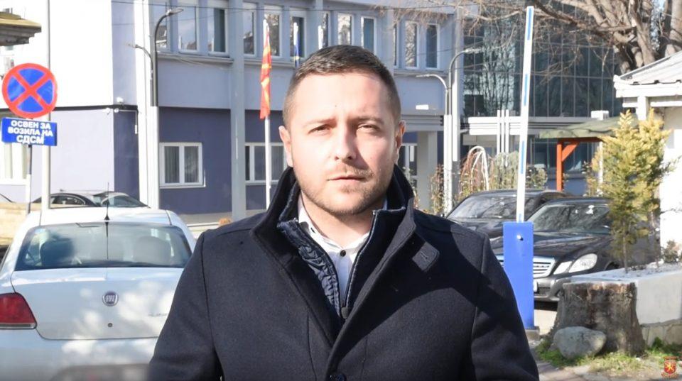 Арсовски: Поголем грев од тоа да објавиш знаме на сопствената земја, на кое си горд и чии бои си ги бранел како спортист е да ја предадеш и продадеш истата како Заев и СДСМ