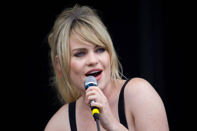 Пејачката Дафи откри шокатни детали од животот: Била дрогирана и силувана пред да се повлече од сцената