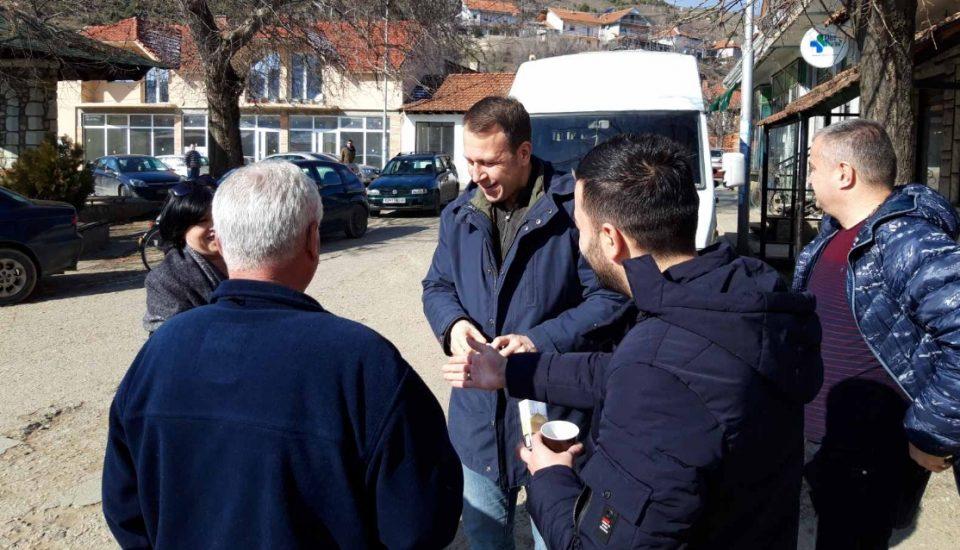 Јанушев на средби со граѓаните во Виница: Заедно ќе победиме за ова зло никогаш да не се повтори