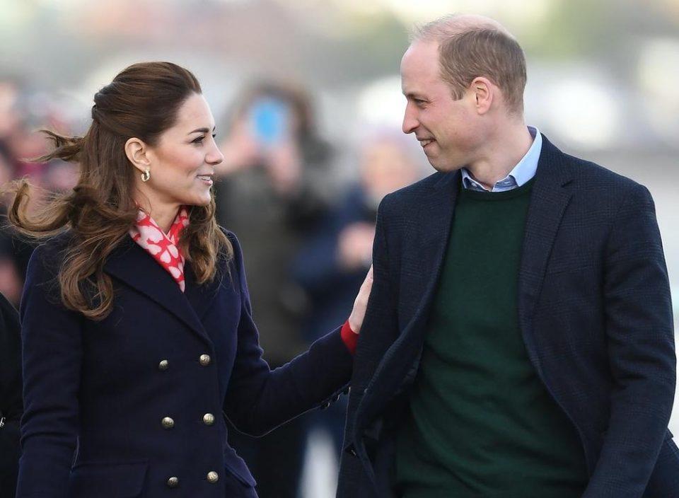 ФОТО: Прва јавна љубовна изјава на принцот Вилијам, Кејт не можеше да престане да се смее