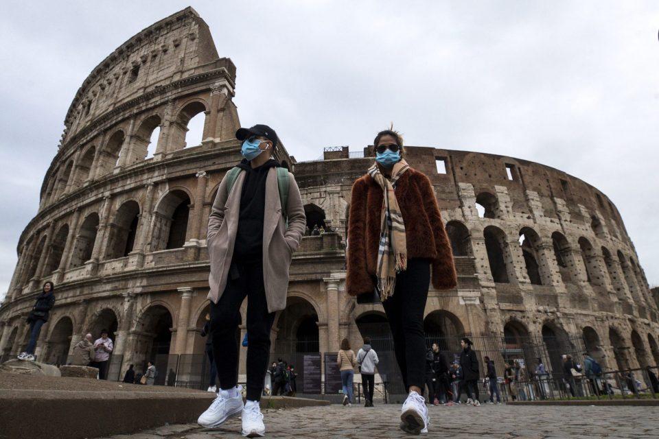 Коронавирус во Италија: Починати над 1000 лица