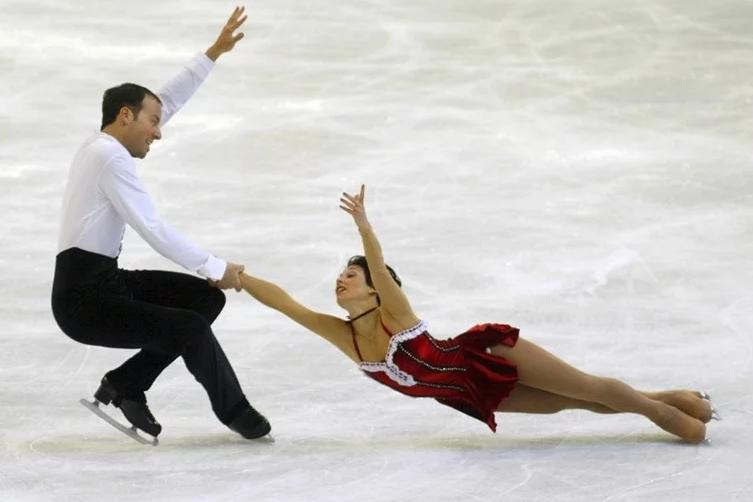 Скандал го тресе уметничкото лизгање: Тренер силувал шампионка!