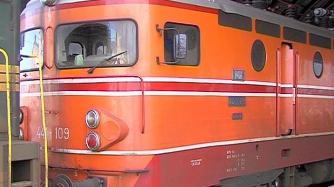 Машиновозачите бараат исполнување на барањата, во прекин патничкиот и товарен железнички сообраќај