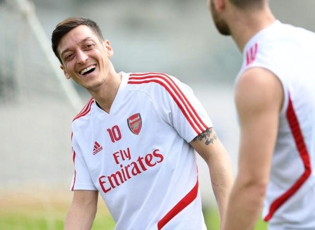 Арсенал нема да му понуди нов договор на Озил