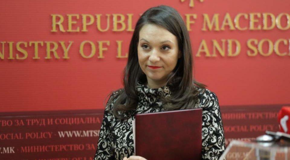 Јанушев: Рашела Мизрахи ја сменија затоа што почна да ги вади криминалите на Царовска