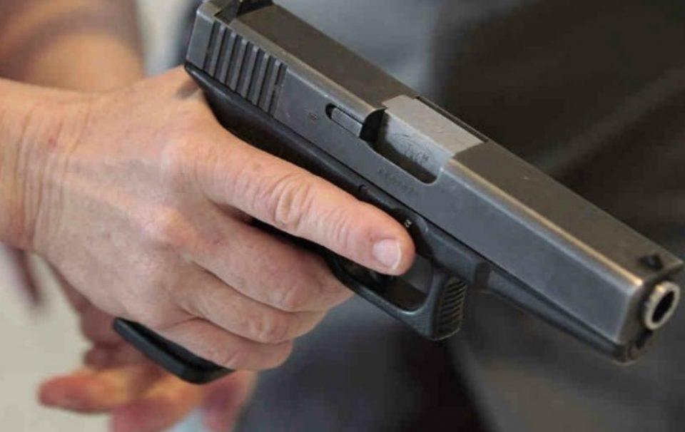 Приведен 24-годишен скопјанец кој пукаше во Чаир, познат неговиот идентитет