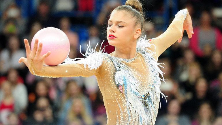 Светска шампионка во гимнастика сакала да се самоубие