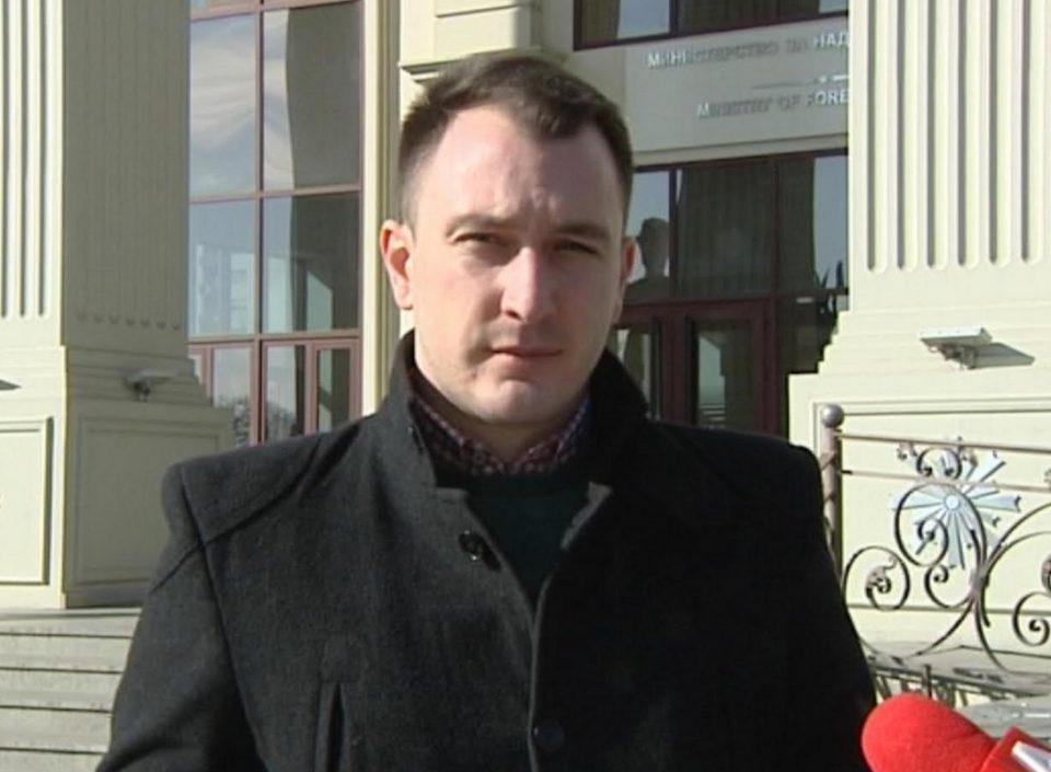 Андоновски: Дане Талевски да одговори зошто не се појави на закажаната одбрана на тези пред неговото именување за Амбасадор во седиштето на НАТО во Брисел?