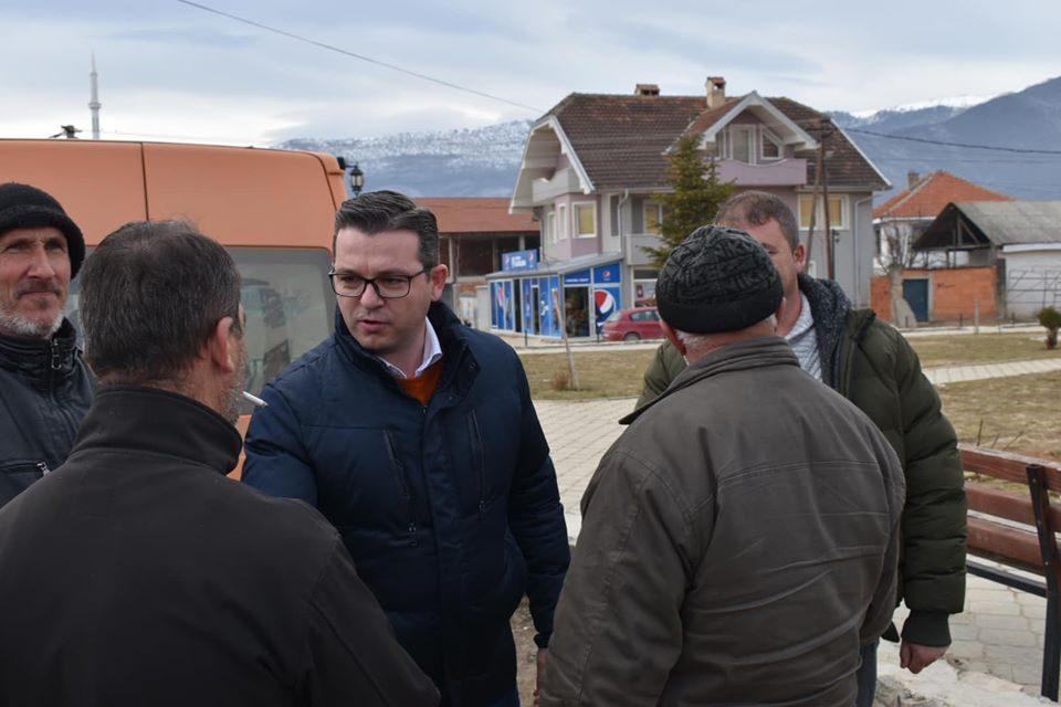 Трипуновски на средба со тутунарите од Долнени: Откако се дозволи увоз на тутун, македонскиот тутун стои неоткупен
