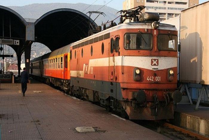 Во петок само два воза низ Македонија, сабота и недела нема да има возови
