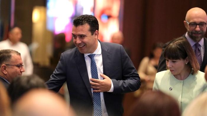 ВМРО-ДПМНЕ: Заев ги руши темелите на државноста, народот осиромашува, а власта се грижи само за сопствените бизнис зделки